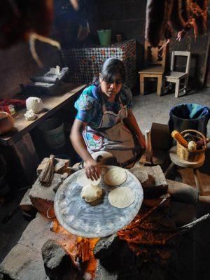 Tortillera-Zinacantan-Chiapas-Jorge-Carlos-Alvarez